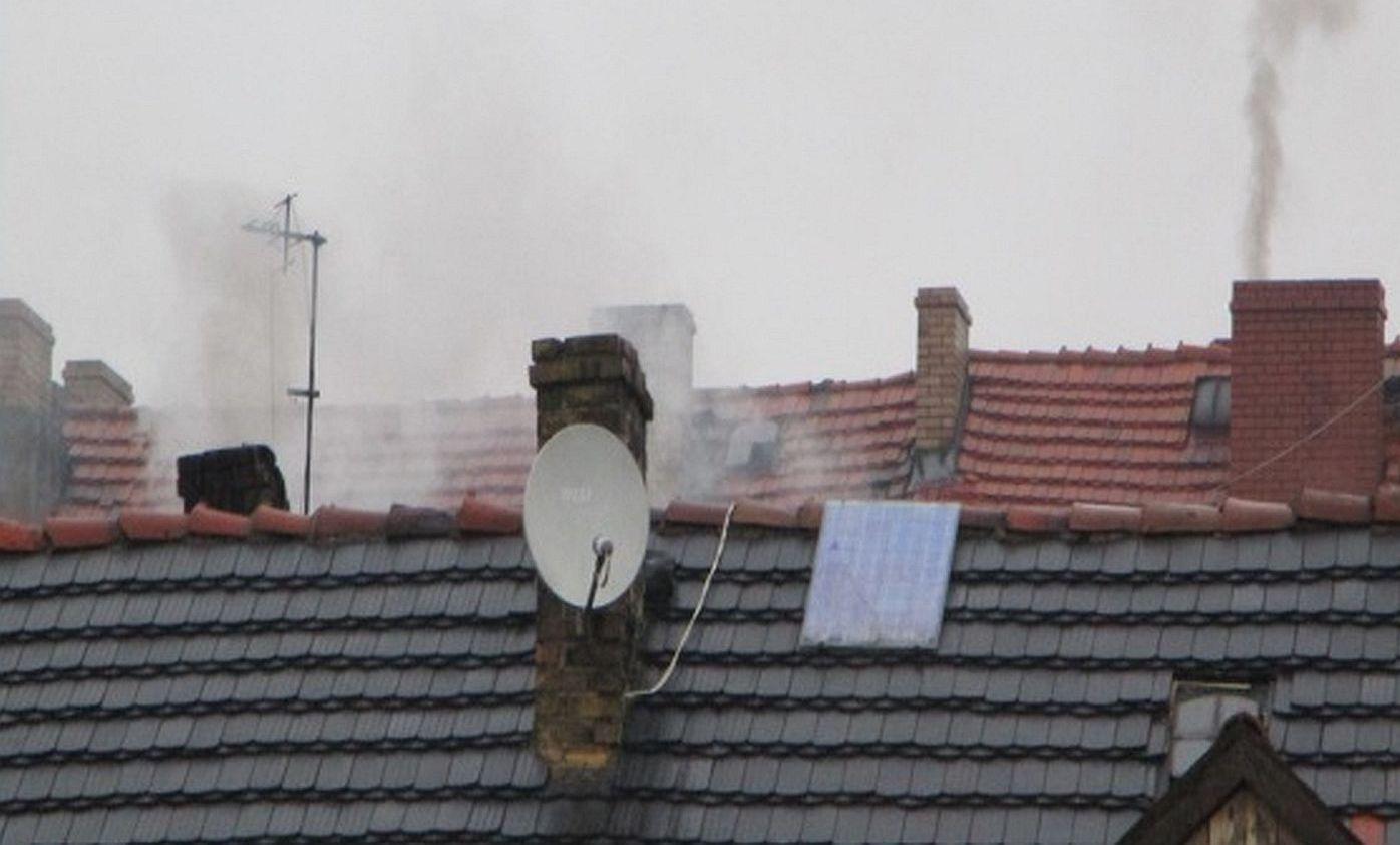 Ilustracja do informacji: Gmina walczy z dymem i smogiem