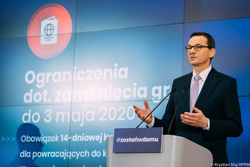 Ilustracja do informacji: Premier: Przedłużamy ograniczenia związane z koronawirusem