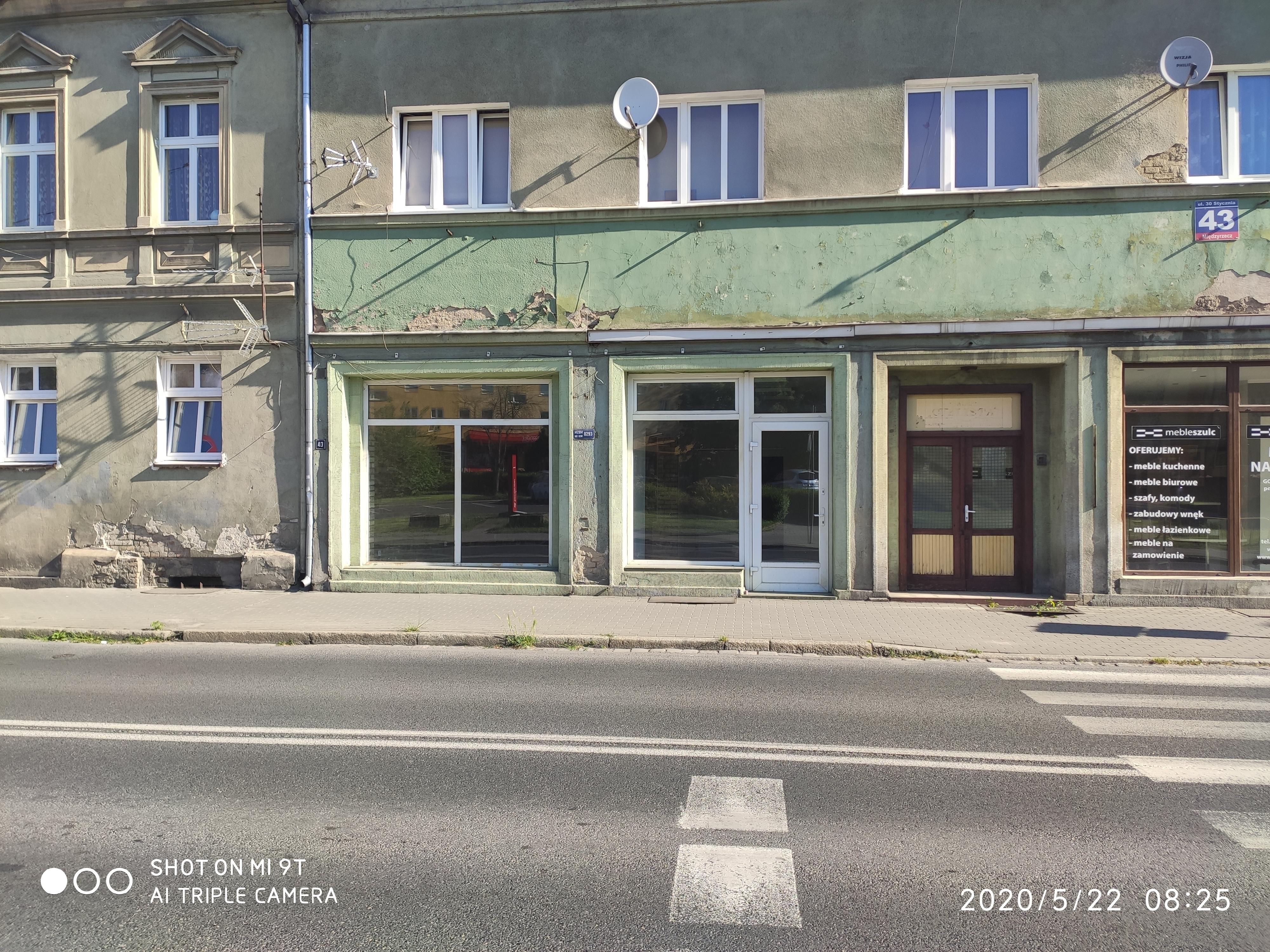 Ilustracja do informacji: Ogłoszenie: Lokal do wynajęcia w centrum miasta
